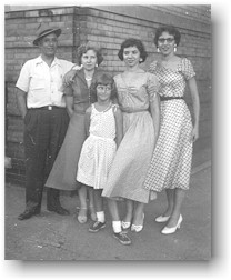 George, Harriet, Penny, Margaret, and Antoinette Pappas (1953)